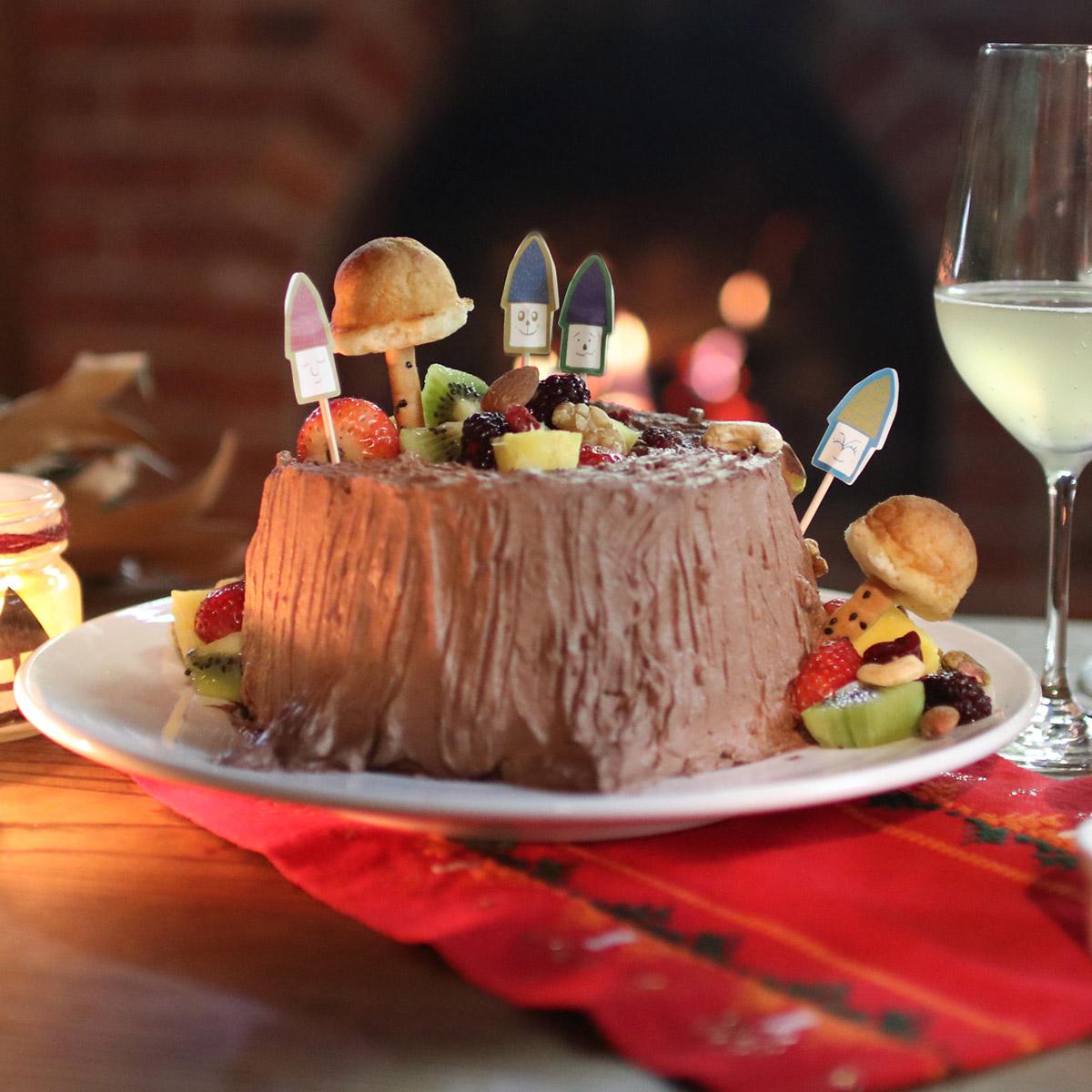 LUCKY NUTS  〜 森のきりかぶケーキ 〜